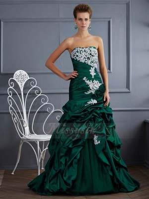Ball Gown Sleeveless Applique Taffeta Strapless Sweep/Brush Train Dresses