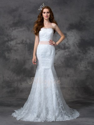 Trumpet/Mermaid Sleeveless Strapless Sash/Ribbon/Belt Lace Court Train Wedding Dresses