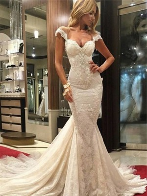Trumpet/Mermaid V-neck Sleeveless Lace Chapel Wedding Dresses