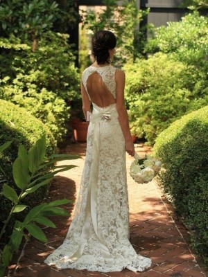 Sheath/Column V-neck Sleeveless Lace Sweep/Brush Train Wedding Dresses