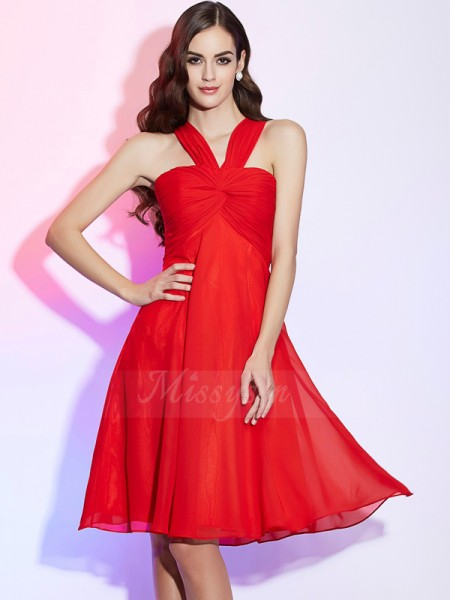 A-Line/Princess Sleeveless Pleats Chiffon Halter Knee-Length Bridesmaid Dresses