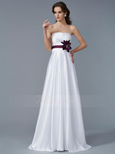 A-Line/Princess Sleeveless Hand-Made Flower Satin Strapless Sweep/Brush Train Dresses