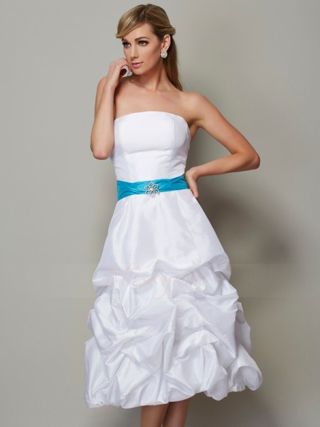A-Line/Princess Sleeveless Taffeta Strapless Tea-Length Dresses