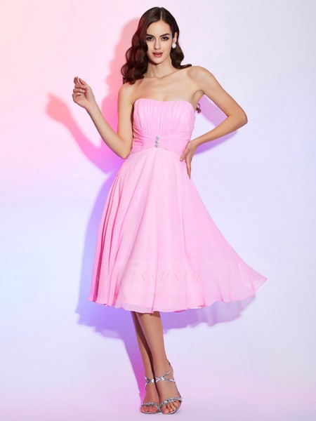 A-Line/Princess Sleeveless Pleats Chiffon Strapless Knee-Length Bridesmaid Dresses