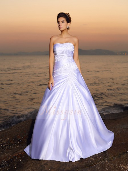 Ball Gown Strapless Satin Beading,Applique Sleeveless Court Train Wedding Dresses