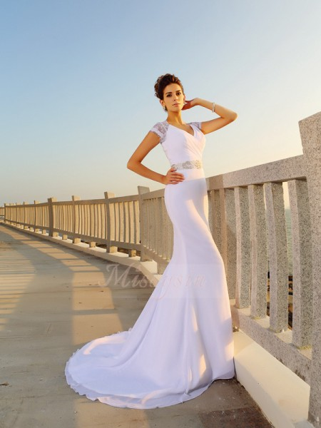 Sheath/Column Chiffon Court Train V-neck Sleeveless Beading Wedding Dresses