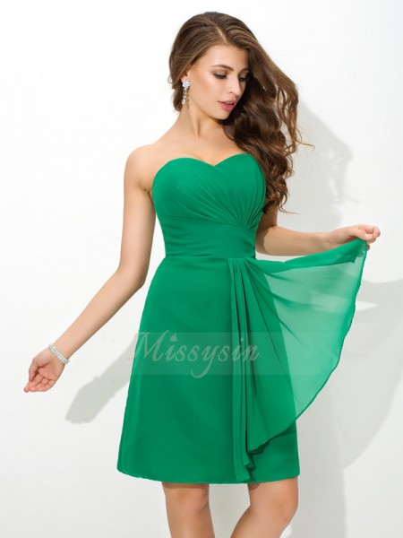 Sheath/Column Sleeveless Sweetheart Pleats Chiffon Short/Mini Bridesmaid Dresses