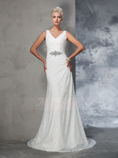 Trumpet/Mermaid Sleeveless V-neck Lace Court Train Wedding Dresses