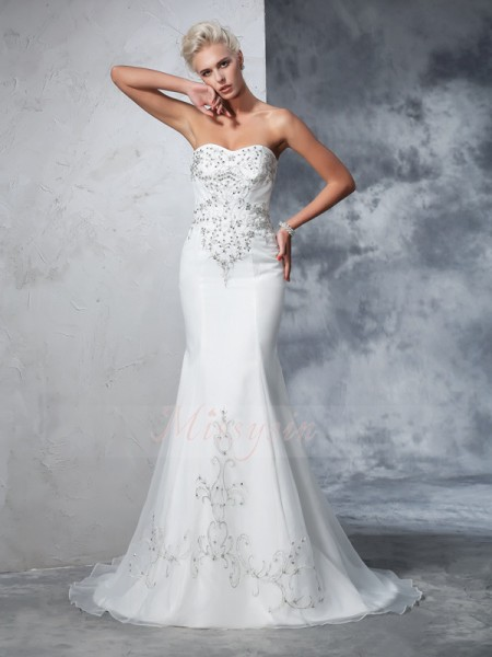 Trumpet/Mermaid Sleeveless Sweetheart Beading Satin Court Train Wedding Dresses