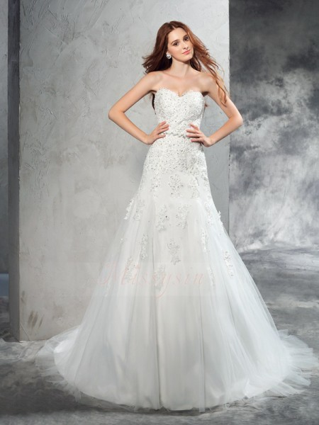 Sheath/Column Sleeveless Sweetheart Applique Satin Court Train Wedding Dresses