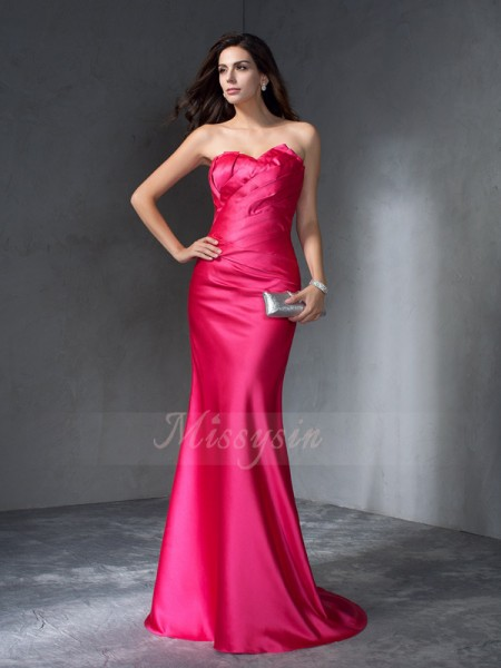 Trumpet/Mermaid Sleeveless Sweetheart Satin Sweep/Brush Train Dresses
