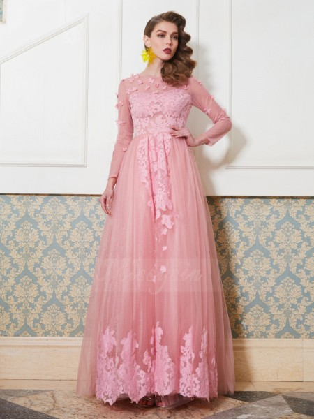 A-Line/Princess Floor-Length Scoop Tulle Applique 3/4 Sleeves Dresses