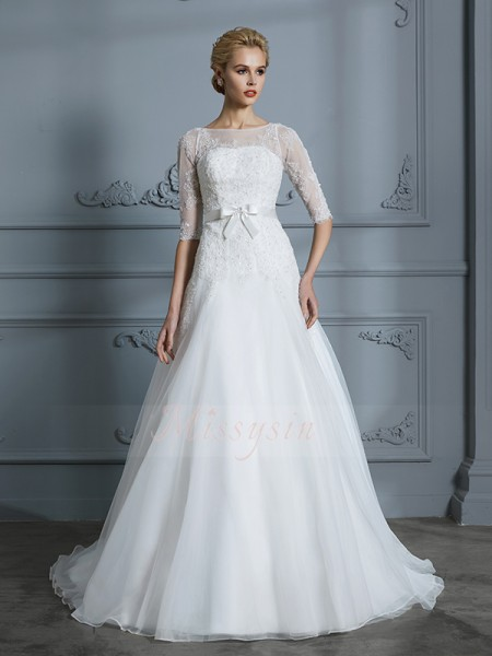 A-Line/Princess 1/2 Sleeves Scoop Tulle Court Train Wedding Dresses