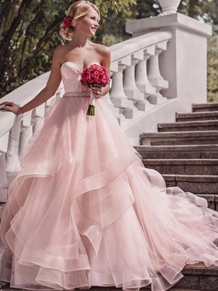 Ball Gown Sleeveless Court Train Sweetheart Layers Organza Wedding Dresses