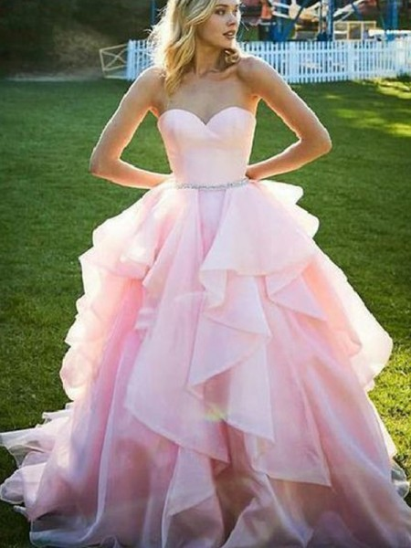 Ball Gown Sleeveless Floor-Length Sweetheart Beading Organza Dresses
