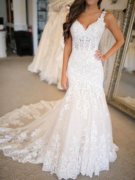 Trumpet/Mermaid Sleeveless Sweep/Brush Train V-neck Applique Tulle Wedding Dresses