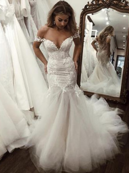 Trumpet/Mermaid Sleeveless Sweep/Brush Train Off-the-Shoulder Applique Tulle Wedding Dresses