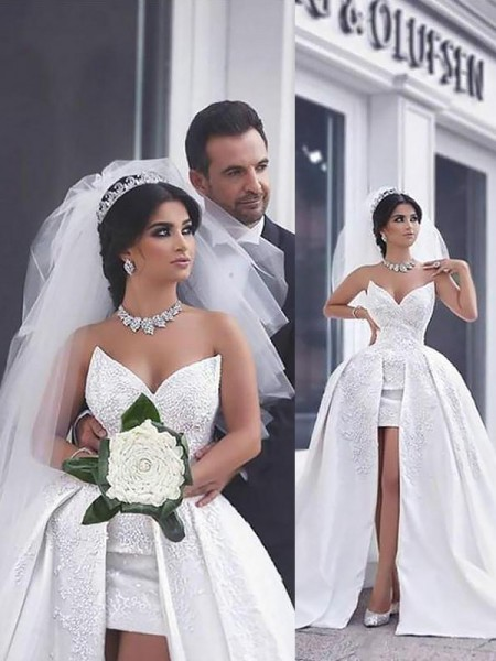 Ball Gown Sleeveless Sweetheart Satin Beading Chapel Train Wedding Dresses