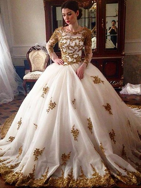 Ball Gown Long Sleeves Scoop Tulle Court Train Wedding Dresses