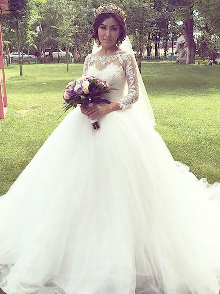 Ball Gown Long Sleeves Bateau Tulle Court Train Wedding Dresses