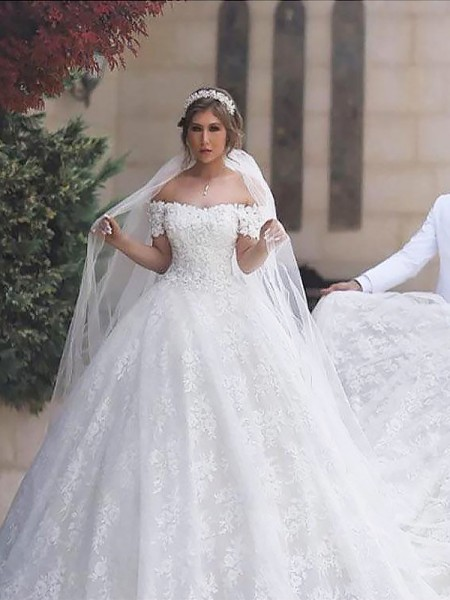 Ball Gown Short Sleeves Off-the-Shoulder Tulle Court Train Wedding Dresses