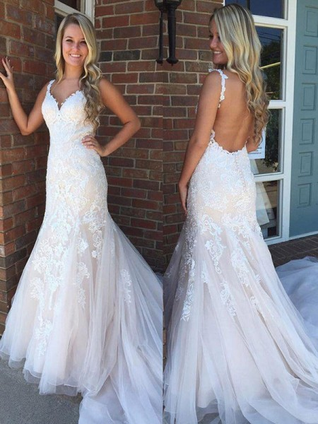 Trumpet/Mermaid Sweep/Brush Train Tulle V-neck Applique Sleeveless Wedding Dresses