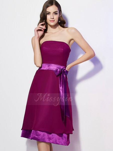 A-Line/Princess Sleeveless Bowknot Chiffon Strapless Knee-Length Bridesmaid Dresses