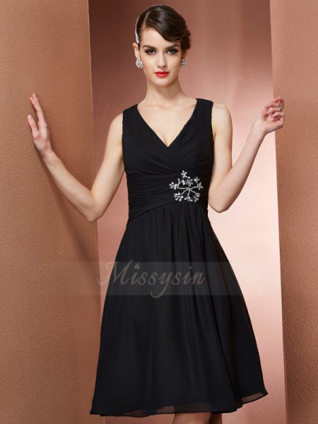 A-Line/Princess Sleeveless Chiffon Straps Knee-Length Bridesmaid Dresses