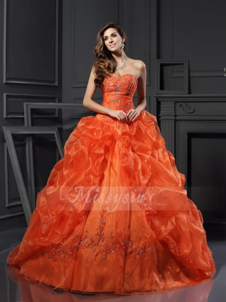 Ball Gown Sweetheart Organza Beading,Applique Sleeveless Court Train Dresses