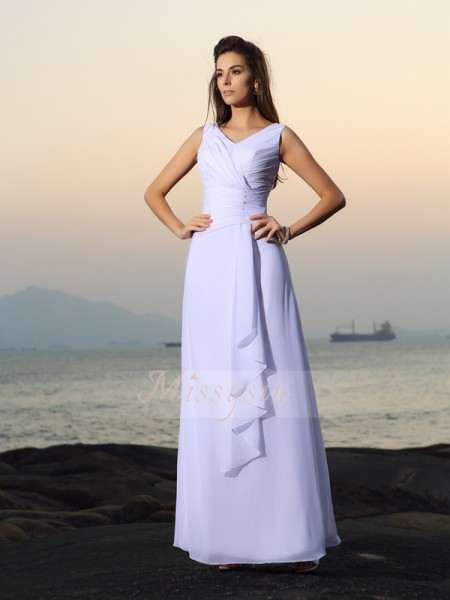 A-Line/Princess V-neck Chiffon Pleats,Beading Sleeveless Floor-Length Wedding Dresses