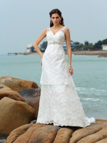 A-Line/Princess Satin Chapel Train Straps Sleeveless Applique Wedding Dresses