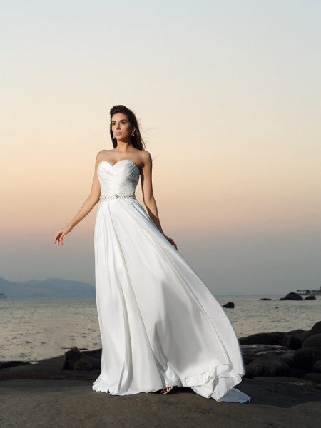 A-Line/Princess Taffeta Chapel Train Sweetheart Sleeveless Beading Wedding Dresses