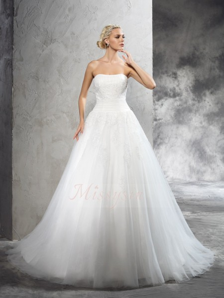 Ball Gown Sleeveless Strapless Applique Satin Court Train Wedding Dresses