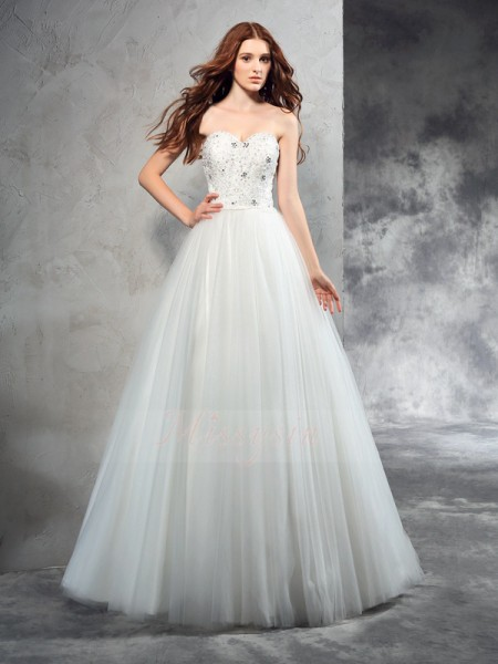A-Line/Princess Sleeveless Sweetheart Beading Net Floor-Length Wedding Dresses