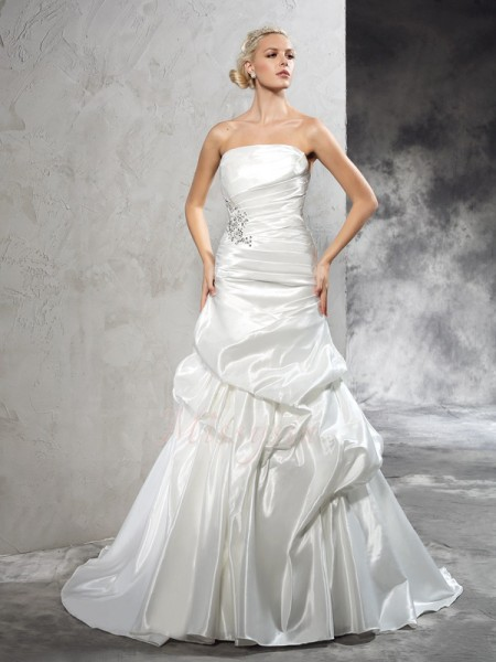 Sheath/Column Sleeveless Strapless Pleats Satin Court Train Wedding Dresses