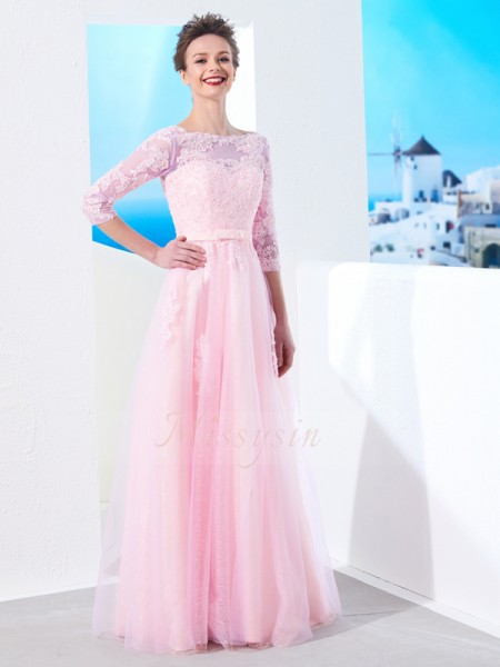 A-Line/Princess Floor-Length Bateau Tulle Applique 1/2 Sleeves Dresses