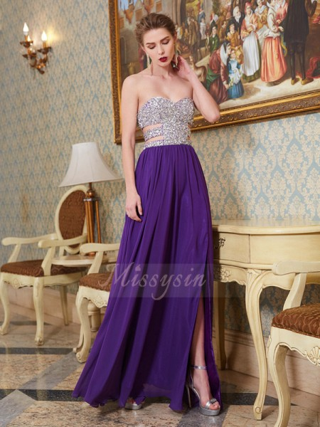 A-Line/Princess Floor-Length Sweetheart Chiffon Crystal Sleeveless Dresses