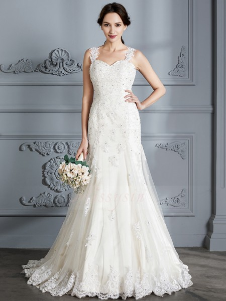 Trumpet/Mermaid Sleeveless Sweetheart Lace Court Train Wedding Dresses