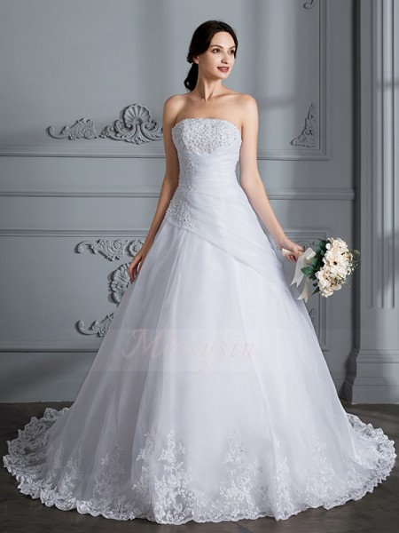 Ball Gown Sleeveless Strapless Organza Court Train Wedding Dresses