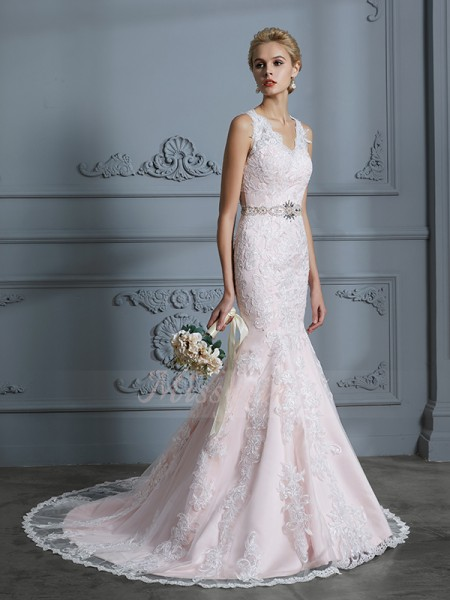 Trumpet/Mermaid Sleeveless V-neck Tulle Court Train Wedding Dresses