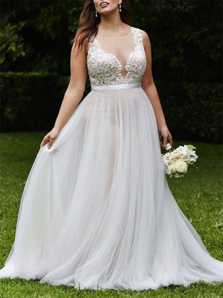 A-Line/Princess Sleeveless Court Train Scoop Tulle Wedding Dresses