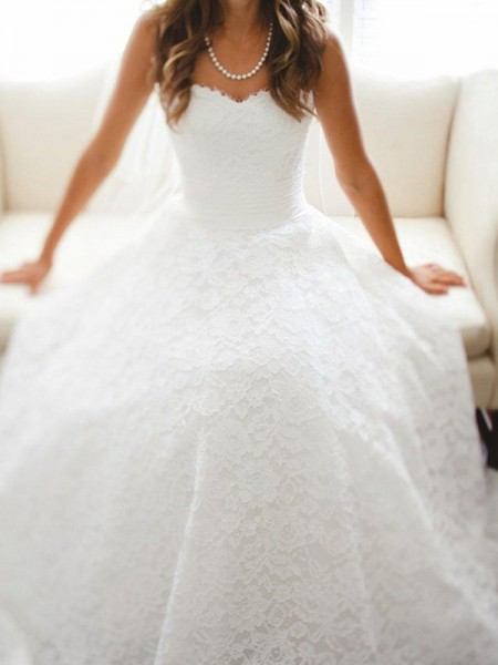 A-Line/Princess Sleeveless Cathedral Train Sweetheart Lace Wedding Dresses