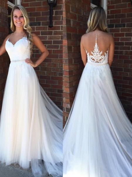 A-Line/Princess Sleeveless Court Train Scoop Applique Tulle Wedding Dresses