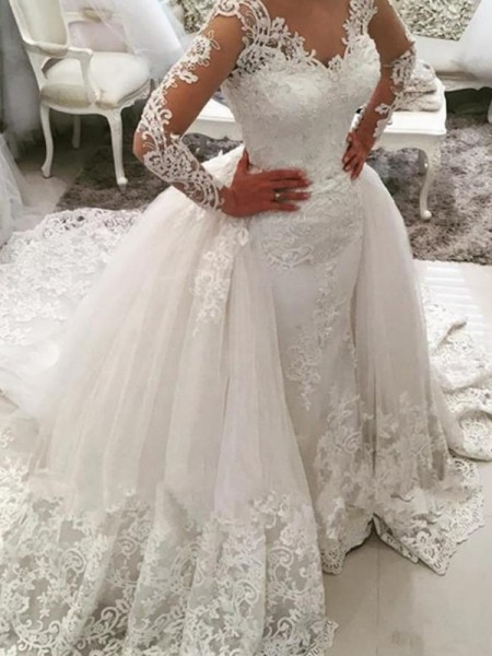 Ball Gown Long Sleeves Cathedral Train V-neck Applique Tulle Wedding Dresses