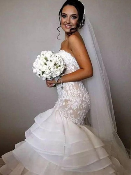 Trumpet/Mermaid Sleeveless Chapel Train Sweetheart Ruffles Organza Wedding Dresses