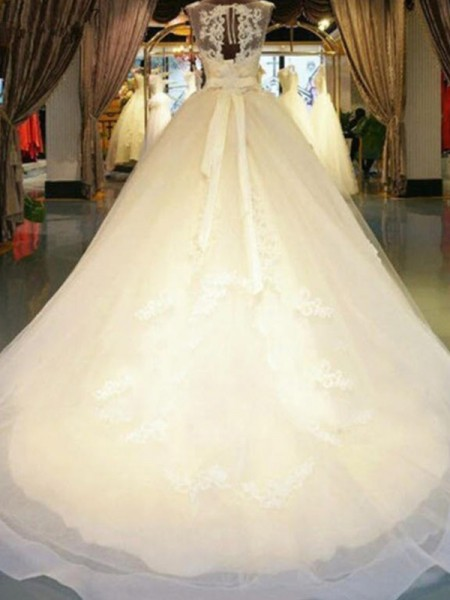 Ball Gown Sleeveless Sweep/Brush Train Off-the-Shoulder Beading Lace Wedding Dresses