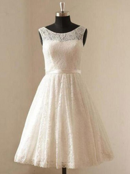 A-Line/Princess Sleeveless Knee-Length Scoop Sash/Ribbon/Belt Lace Wedding Dresses
