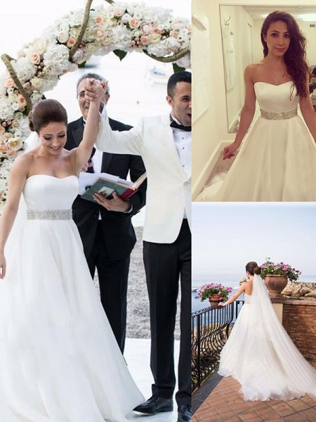 A-Line/Princess Sleeveless Sweep/Brush Train Sweetheart Beading Tulle Wedding Dresses