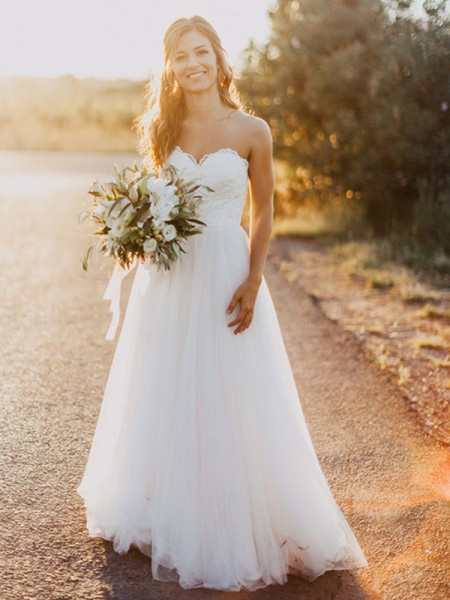 A-Line/Princess Sleeveless Floor-Length Sweetheart Ruched Tulle Wedding Dresses