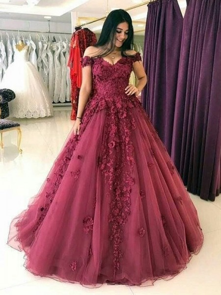 Ball Gown Sleeveless Applique Tulle Off-the-Shoulder Sweep/Brush Train Dresses